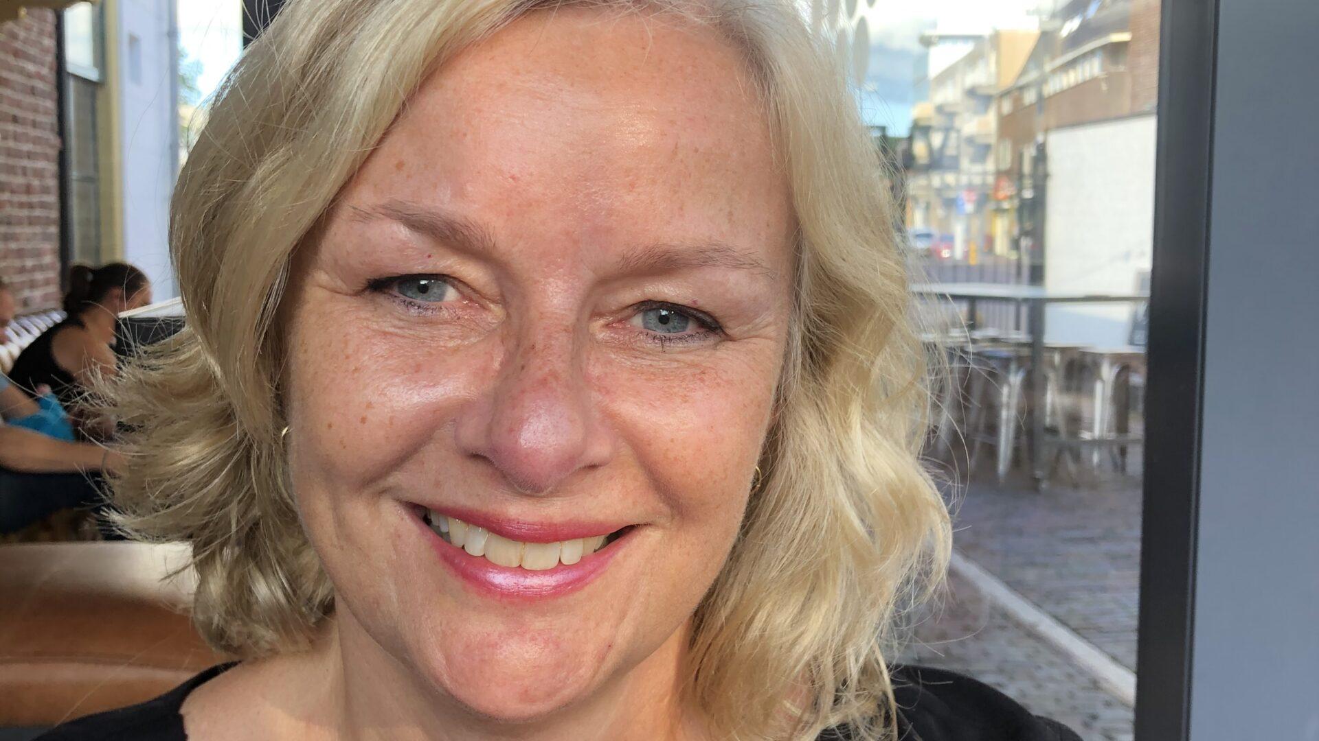 Mariëtte Huibrechtse is psycholoog en relatietherapeut in Almere, zij geeft ACT therapie en relatietherapie